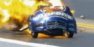 Explota auto de Hagan en la NHRA
