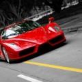 Auto-rojo