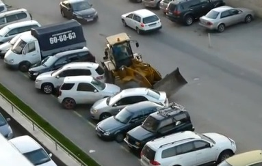 Conductor Borracho destroza autos