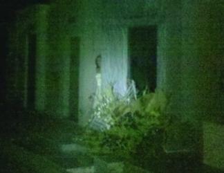 Fantasma en cementerio01