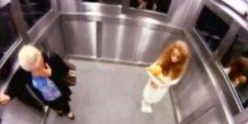 niña fantasma en ascensor