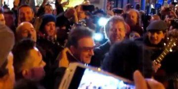 Bono musico callejero