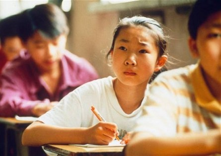 Paga la tarea de su hija