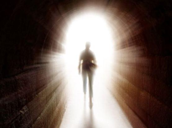 Visito el Cielo, hablo con Dios y regreso de la muerte