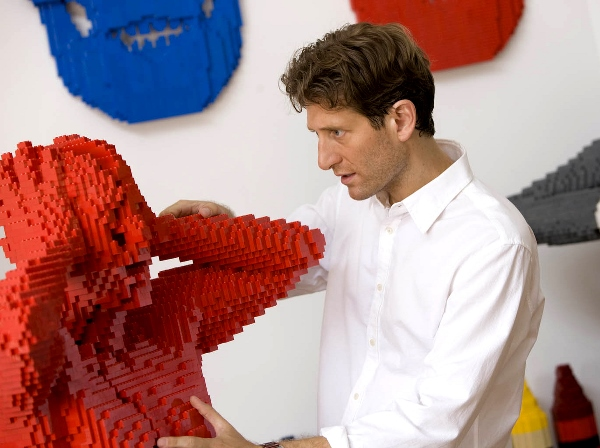 THE ART OF THE BRICK 03
