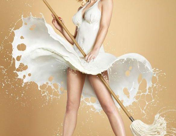 Increíbles fotos de mujeres con vestidos hechos de leche