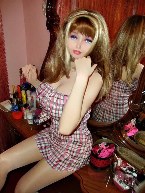La Nueva-Barbie-Lolita-Richi-02