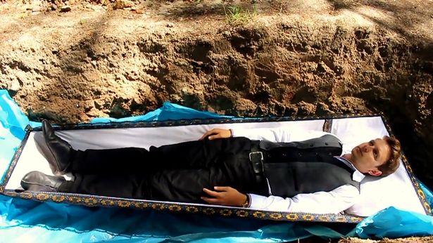 entierra-pacientes-vivos