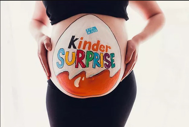 colombiana-finge-embarazo