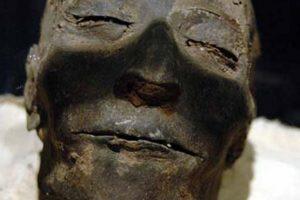 momia-abusada-cara
