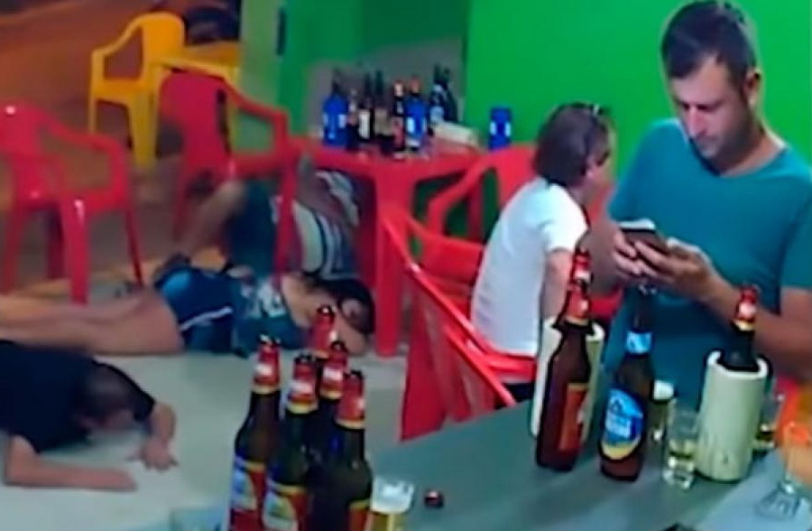 robo-bar-celular-brazil