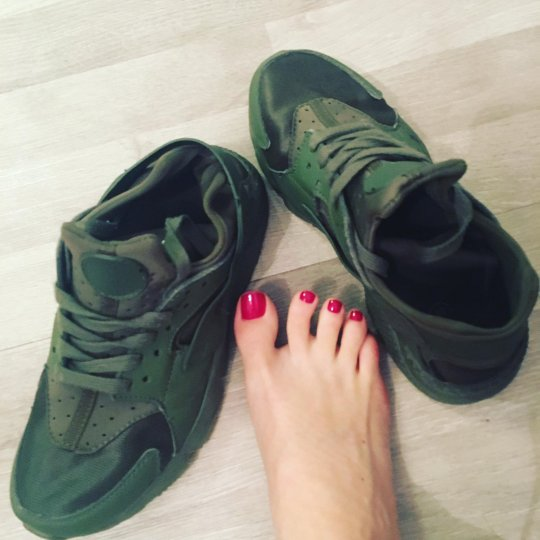 Roxy-Sykes-zapatos