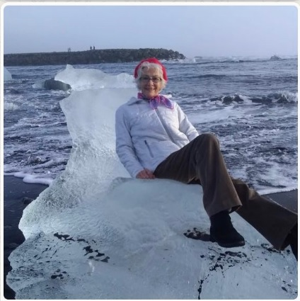 Abuela-Iceberg