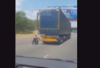 camion-silla-de-ruedas