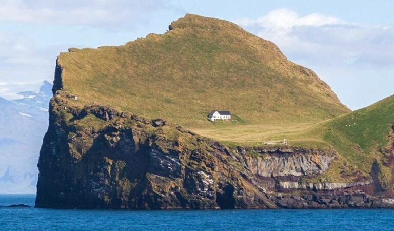 La casa más solitaria del mundo
